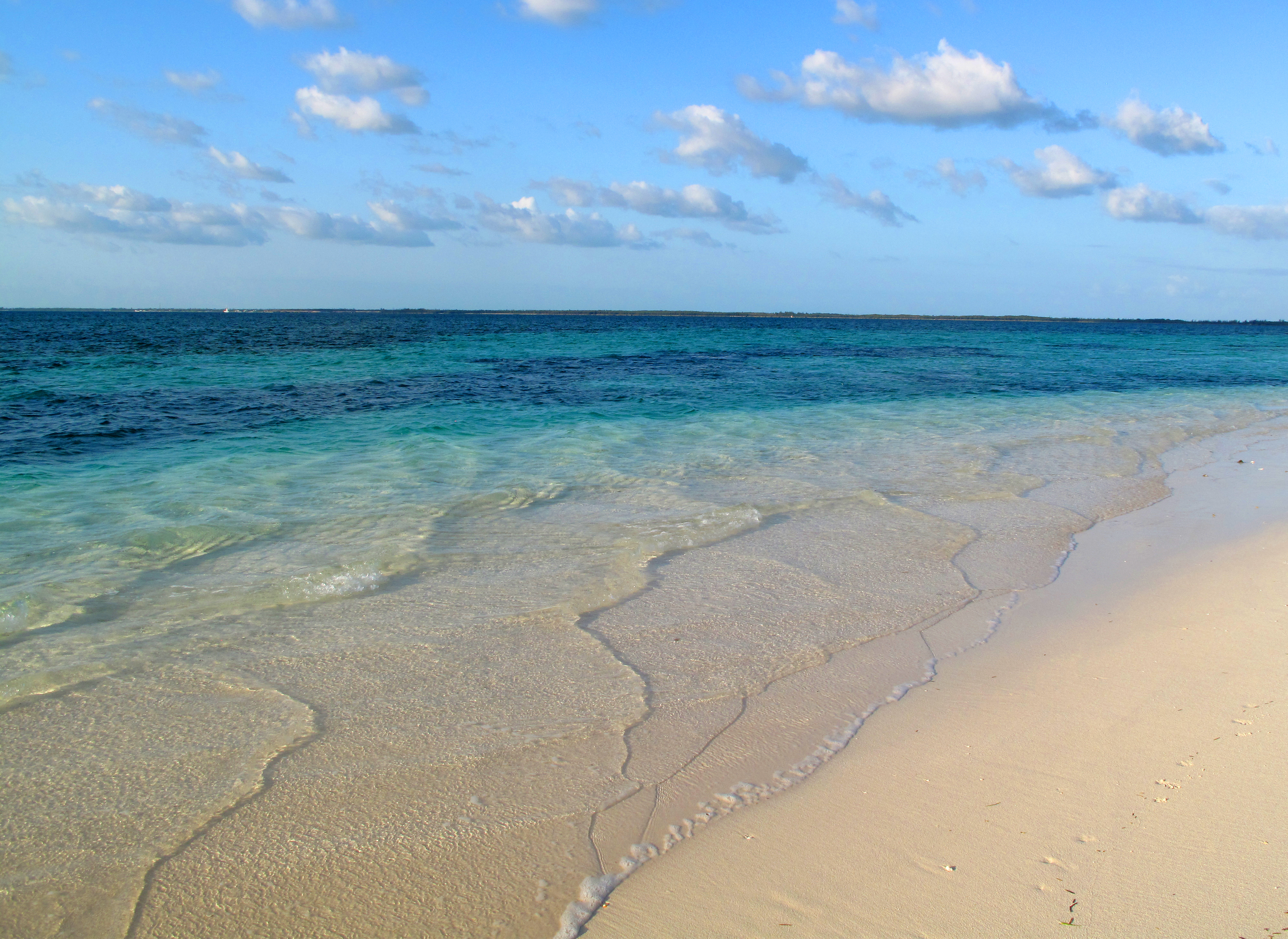 South Side of the Gillam Bay Point - Green Turtle Cay