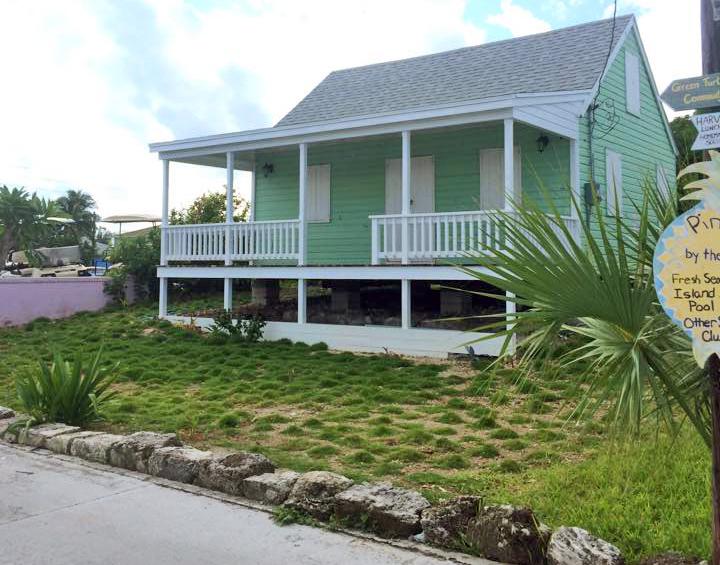 bahamas, abaco, green turtle cay, fish hooks, zoysia, grass