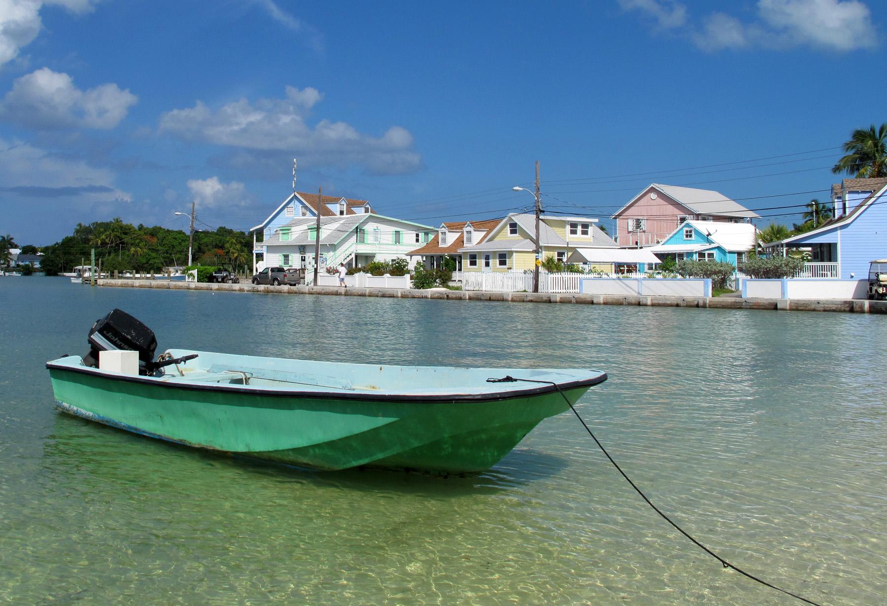 bahamas, abaco, green turtle cay, boat, beach