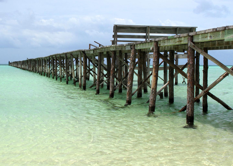 bahamas, abaco, cherokee sound, pier