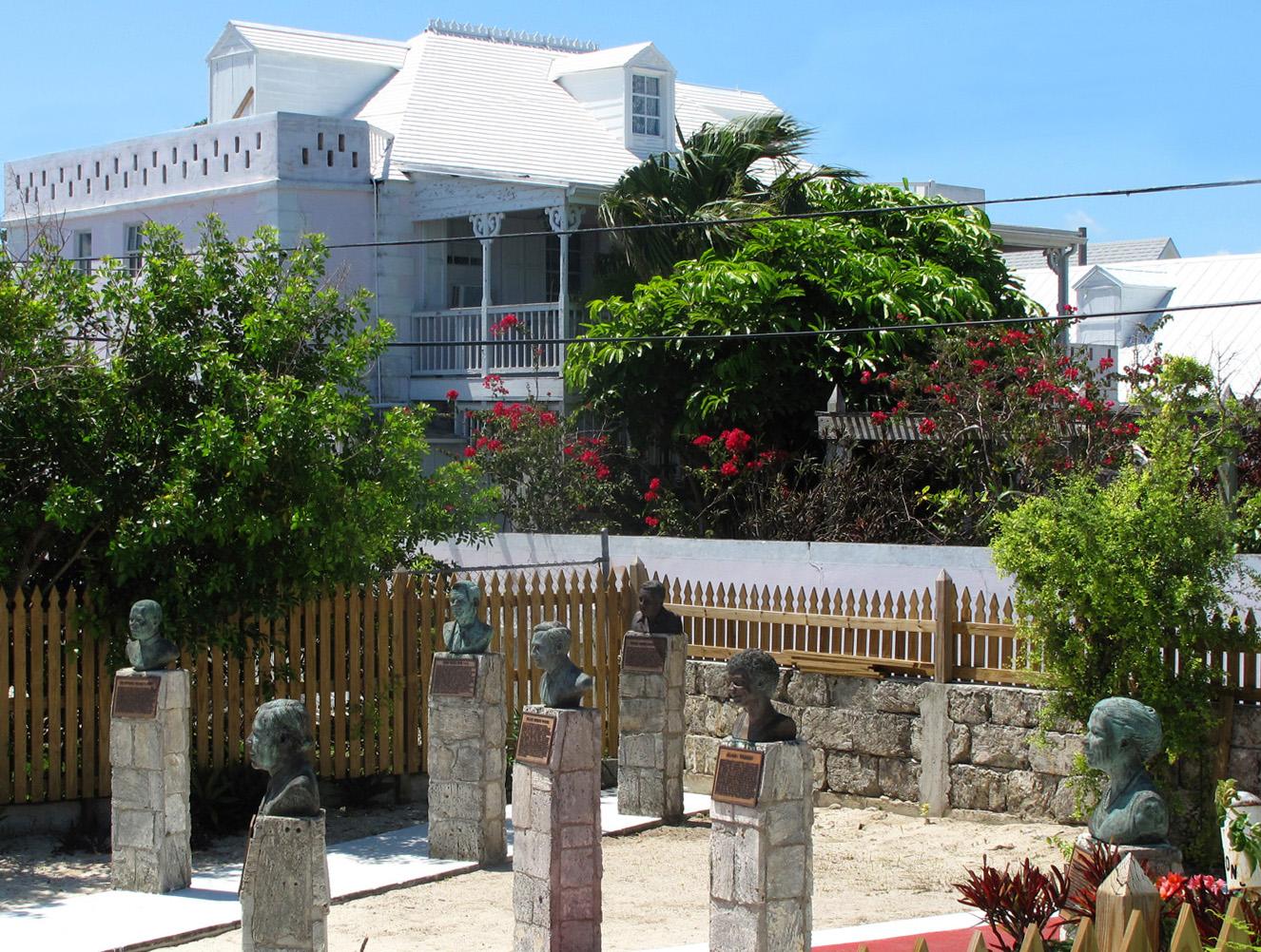 bahamas,a baco, green turtle cay, new plymouth inn