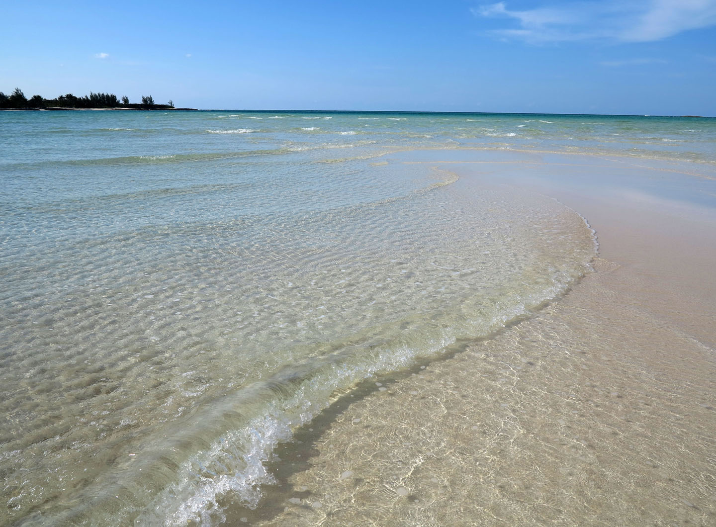 Low tide at Gillam Bay, Green Turtle Cay